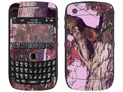BlackBerry Curve 8520, 8530 Skin :: Tree Camo Pink
