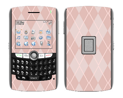 BlackBerry World 8800 Skin :: Argyle Red