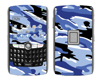 BlackBerry World 8800 Skin :: Camo Blue