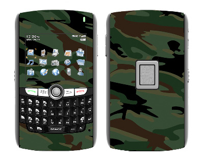BlackBerry World 8800 Skin :: Camo Green