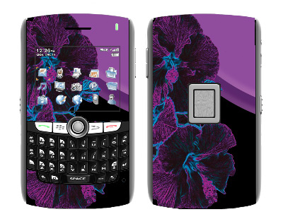 BlackBerry World 8800 Skin :: Cosmic Flowers 1