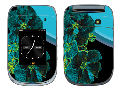BlackBerry Style 9670 Skin :: Cosmic Flowers 2