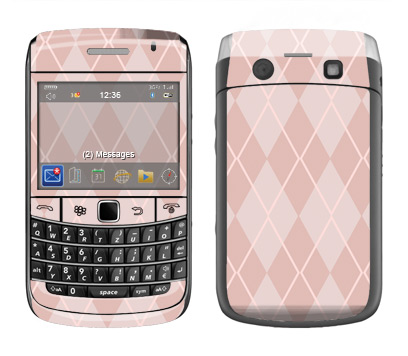 BlackBerry Bold 9700 Skin :: Argyle Red