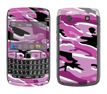 BlackBerry Bold 9700 Skin :: Camo Pink