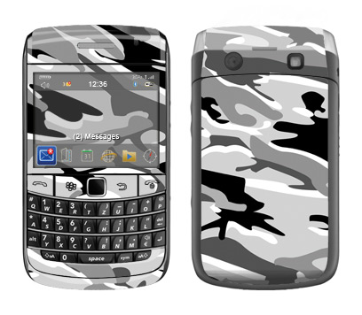 BlackBerry Bold 9700 Skin :: Camo Snow