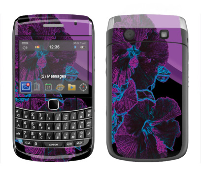 BlackBerry Bold 9700 Skin :: Cosmic Flowers 1