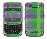 BlackBerry Curve 8900 Skin :: Punk Rock Plaid