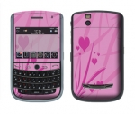 BlackBerry Tour 9630 Skin :: Floating Hearts