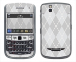 BlackBerry Bold 9650 Skin :: Argyle Gray