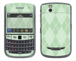 BlackBerry Bold 9650 Skin :: Argyle Green