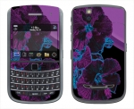 BlackBerry Bold 9650 Skin :: Cosmic Flowers 1
