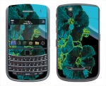 BlackBerry Bold 9650 Skin :: Cosmic Flowers 2