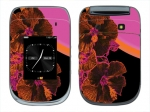 BlackBerry Style 9670 Skin :: Cosmic Flowers 3
