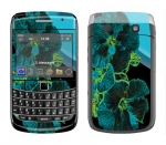 BlackBerry Bold 9700 Skin :: Cosmic Flowers 2