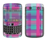 BlackBerry Bold 9700 Skin :: Candy Shop Plaid